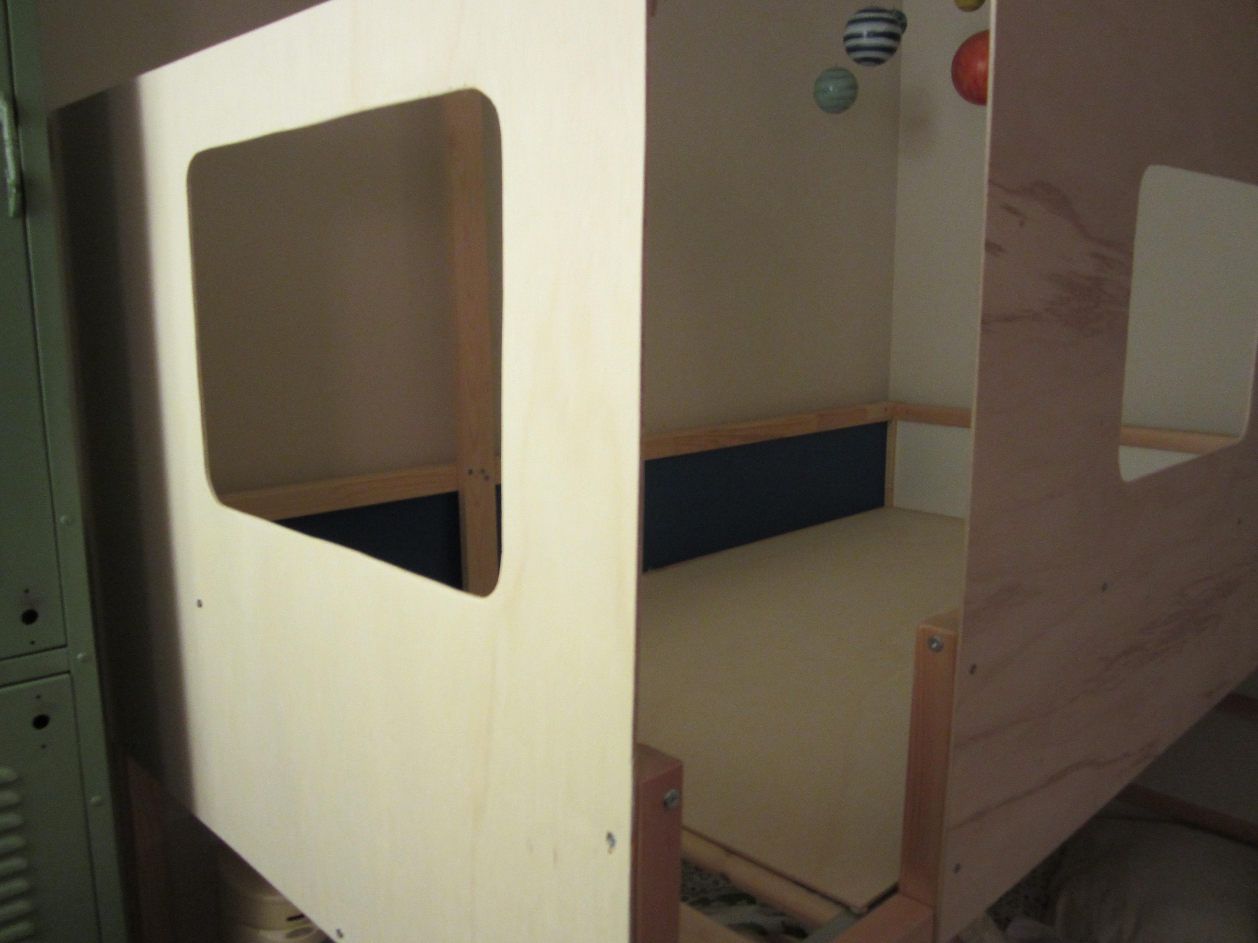 diy ikea hack kura cabin with cabane lit ikea. Black Bedroom Furniture Sets. Home Design Ideas